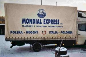 """una della 39 motricette -in questo caso un IVECO appartenente alla """"task force"""" polacca- che impieghiamo giornalmente per l'Est."""